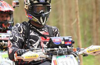 dirt_motorcycle_photo.jpg